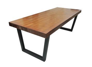 钱柜娱乐网站_北欧简约现代餐桌铁艺实木桌子
