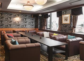 实木酒吧长条桌会所休闲