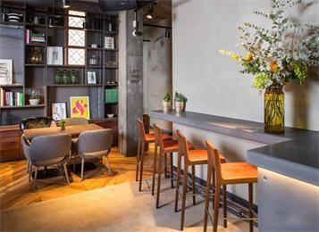 酒吧专用桌椅_酒吧吧台桌椅-休闲酒吧家具