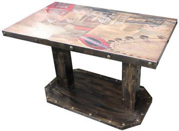 西餐厅主题工业风方餐桌