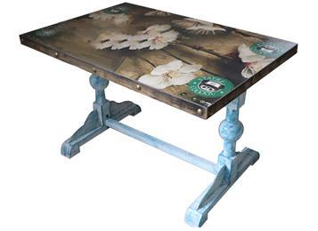 钱柜娱乐官方网站【首页】_工业风桌面花纹贴片铜钉包边餐桌蓝色实木球形