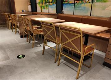 4人位企业员工食堂实木餐桌_快餐店实木餐桌