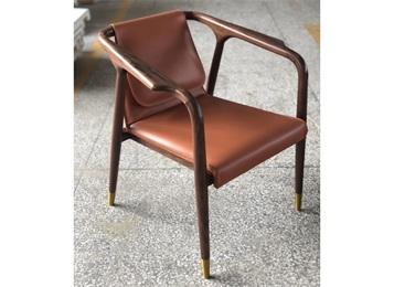休闲舒适皮革水曲柳实木西餐椅