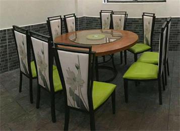 饭店餐馆湘菜馆包间中式