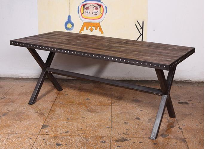钱柜娱乐官方网站【首页】_复古做旧铁艺桌脚实木咖啡桌