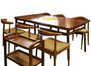 麻辣英雄火锅店实木火锅桌椅