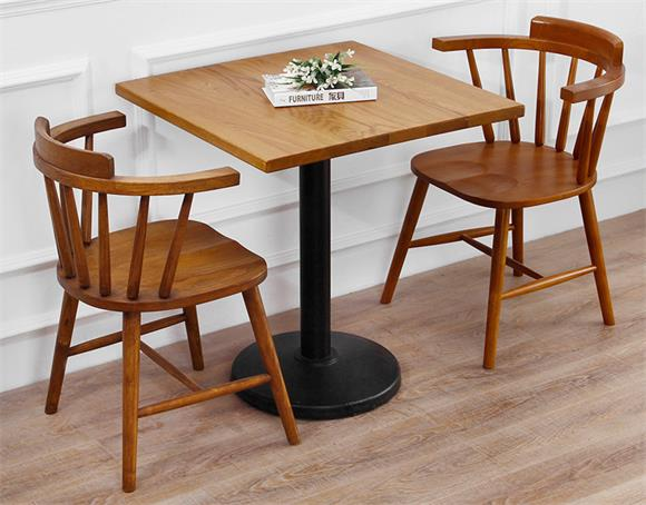 钱柜娱乐官方网站【首页】_北欧原木温莎椅咖啡店餐桌椅组合