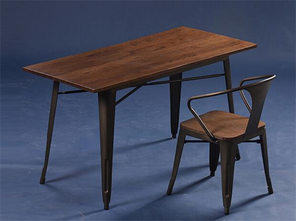 钱柜娱乐官方网站【首页】_榆木实木桌面欧式铁皮餐桌 高脚铁质吧桌