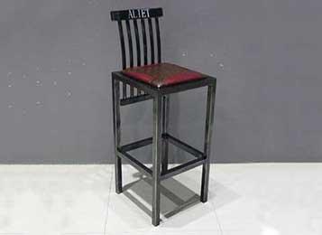 铁艺吧台高脚椅