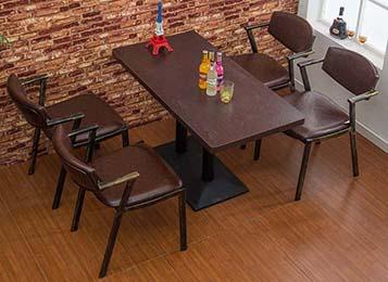 美式复古咖啡厅餐桌椅组合