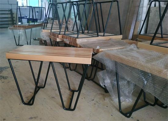 木屋烧烤餐椅