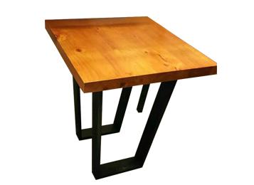 钱柜娱乐网站_美式铁艺复古西餐桌
