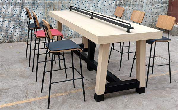 酒吧ktv家具工程选什么样