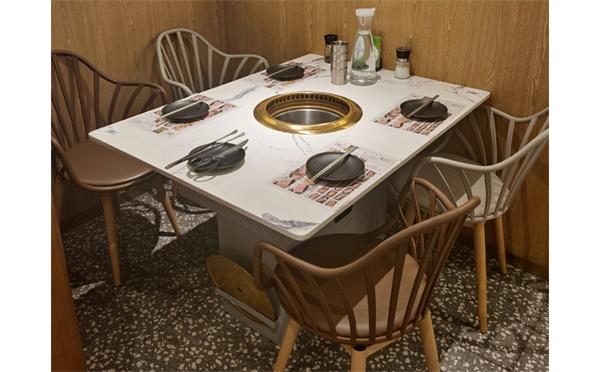韩式烤肉桌子用什么材质好,尺寸是多少?该如何选择厂家?