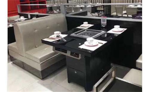 火锅店老板选择餐饮火锅桌工厂需注意哪些?-海德利家具
