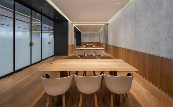 在上海餐饮桌椅批发市场上从哪几点入手选购快餐店桌椅?
