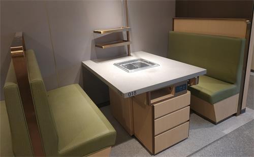 海底捞8人桌子圆桌大小价格,海底捞沙发椅为何选厂家定制!